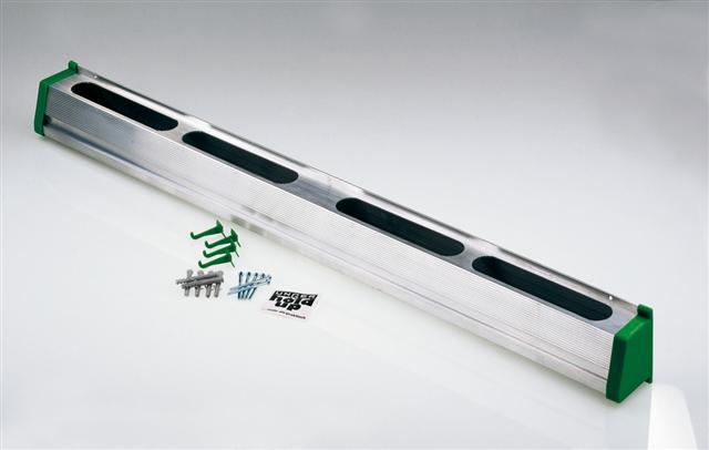 Falra szerelhető szerszámtartó | Méret (cm) 90 | Kódszám HU 900 | Bruttó ár: 15.768 Ft